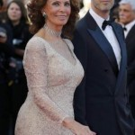 Sophia Loren wears spectacular dress at her nearly 80 years