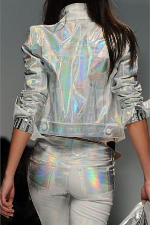 holographic clothing
