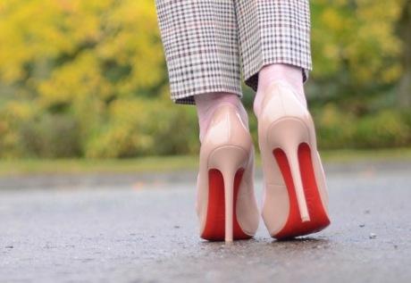 walk with heels